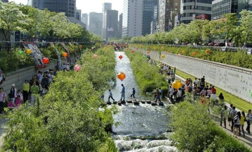 Cheonggyecheon-2008-01